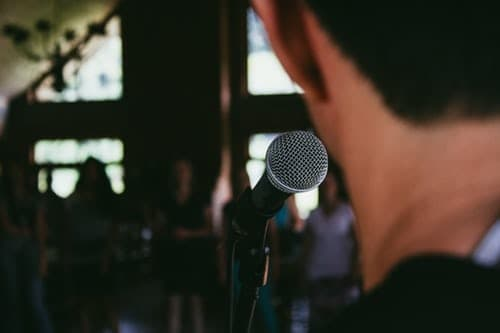 Top 5 Tips To Improve Your Public Speaking Skills